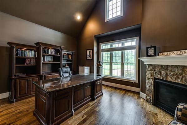 gorgeous Cookeville home mansions