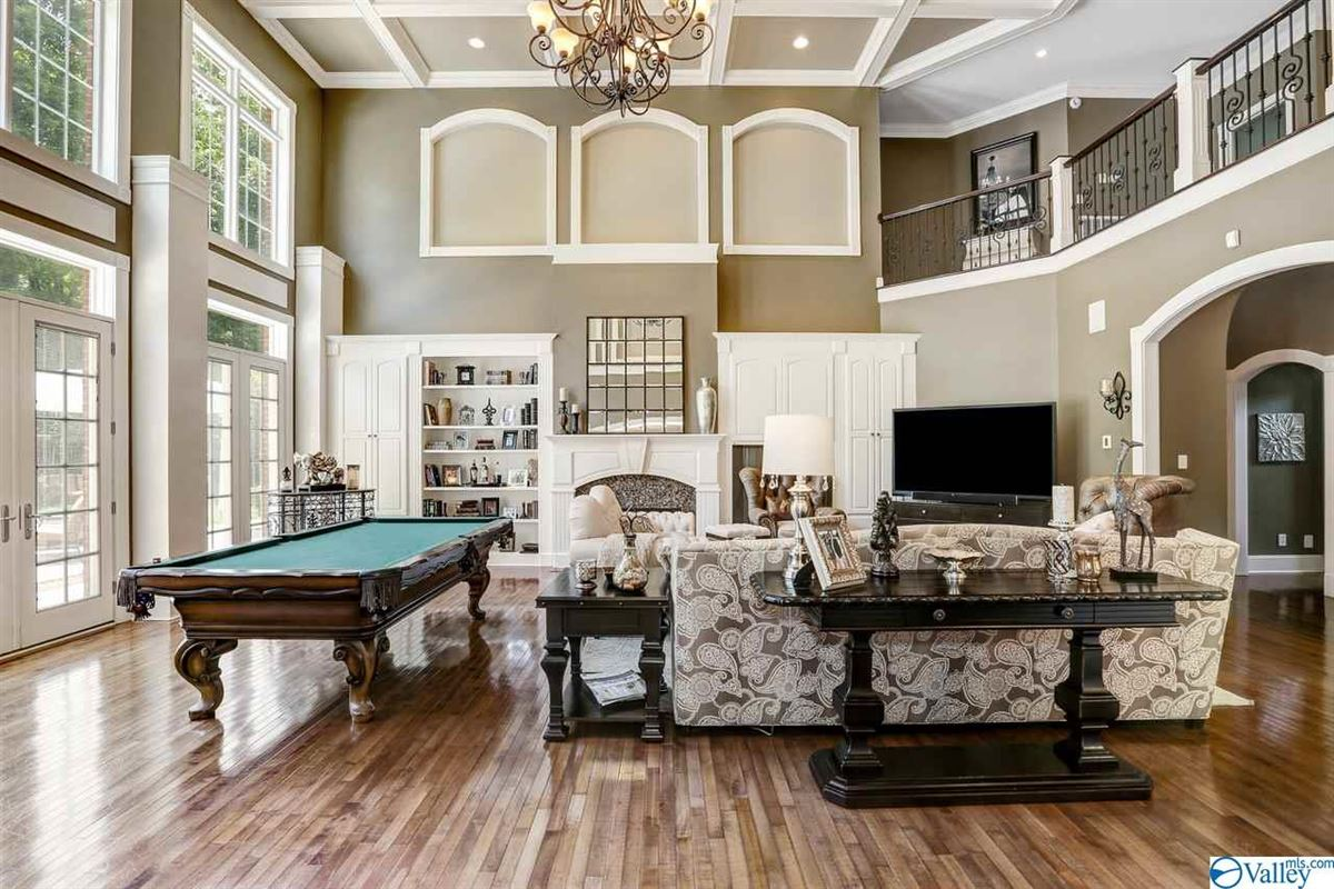 Luxury homes Enjoy resort style living