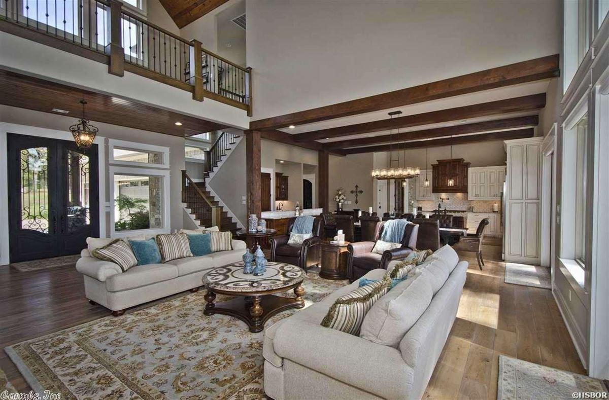 Breathtaking waterfront property on Lake Hamilton luxury real estate