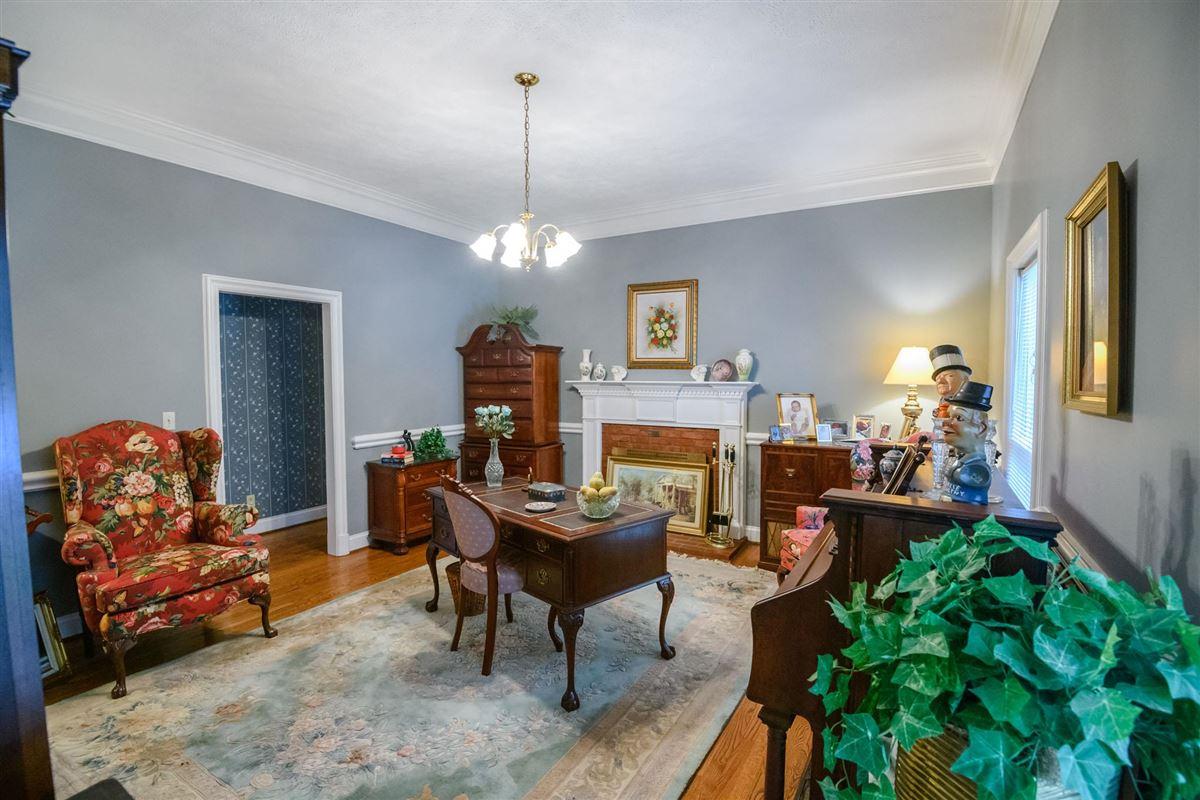 Luxury properties Clift Lane Estate in hartsville