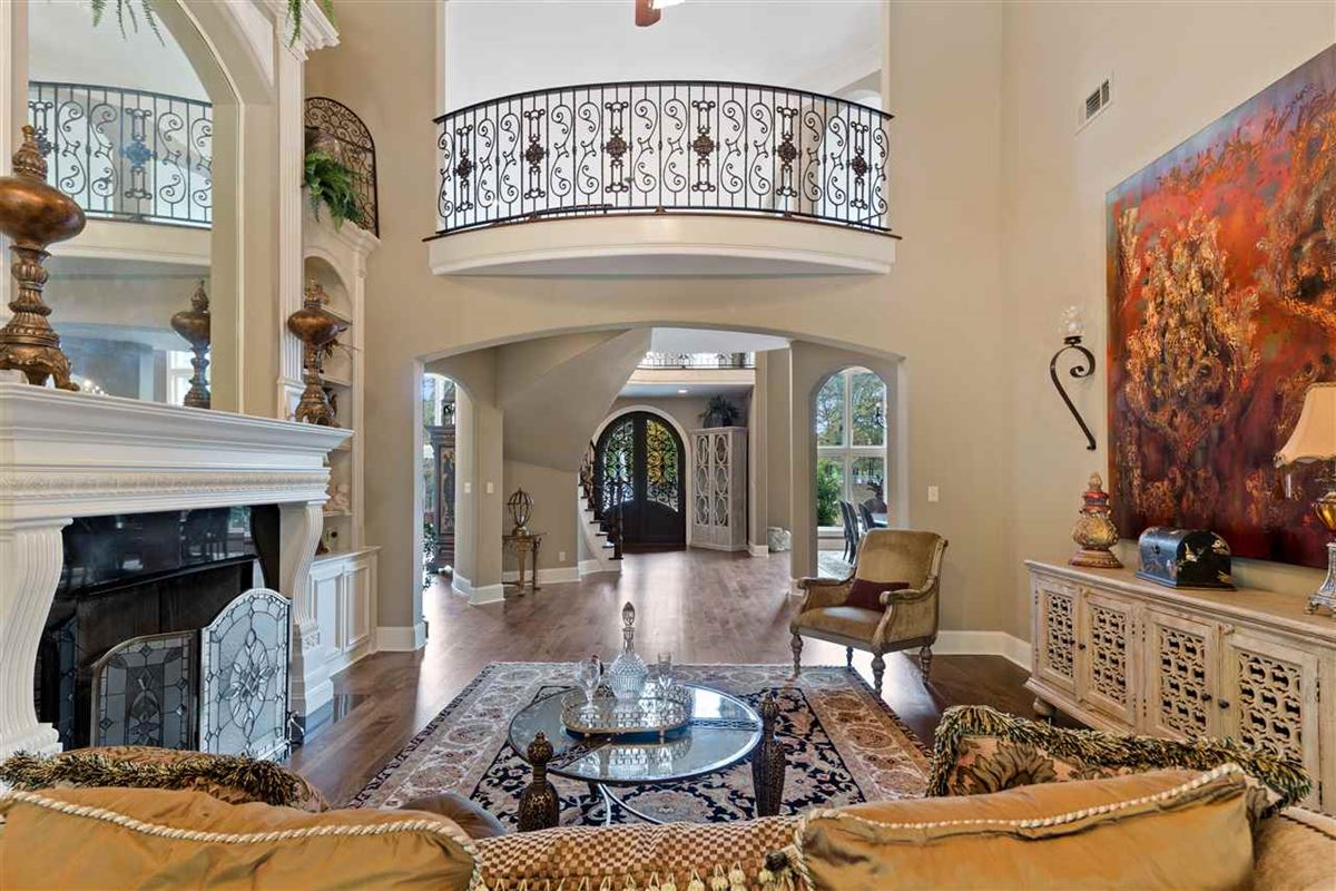 Luxury real estate large european-influenced luxury traditional