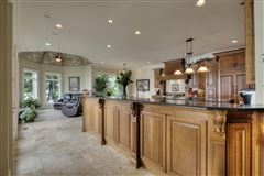 Absolutely stunning lake estate in Grande Vista Bay luxury real estate