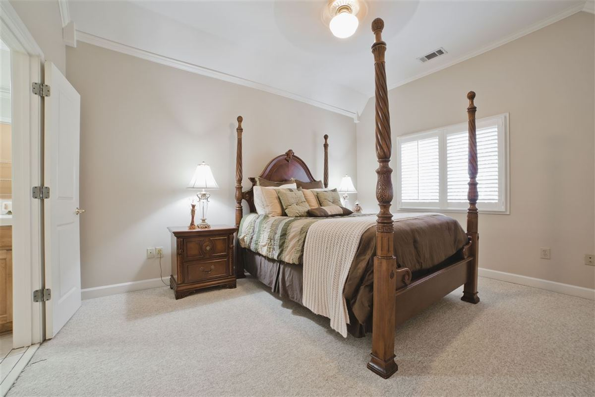Luxury homes in grand luxury property in piperton