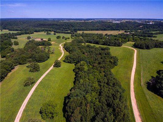 425 acres of pristine beauty luxury properties