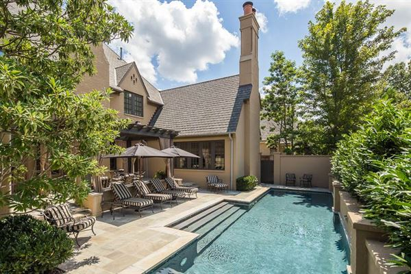 Luxury properties flawless luxury home