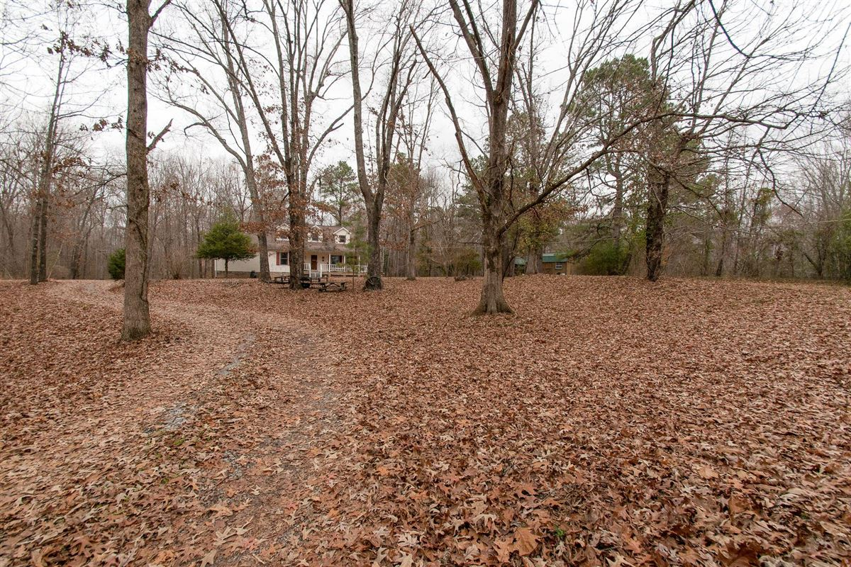 20 acre property in dickson luxury properties