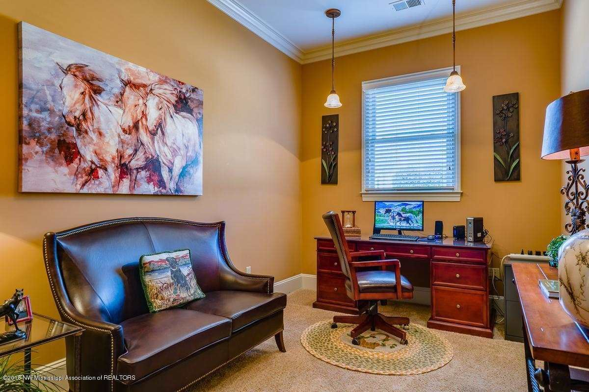 Luxury homes in a gorgeous home in Spring Place Estates