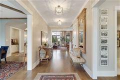 Mansions in award-winning design in germantown