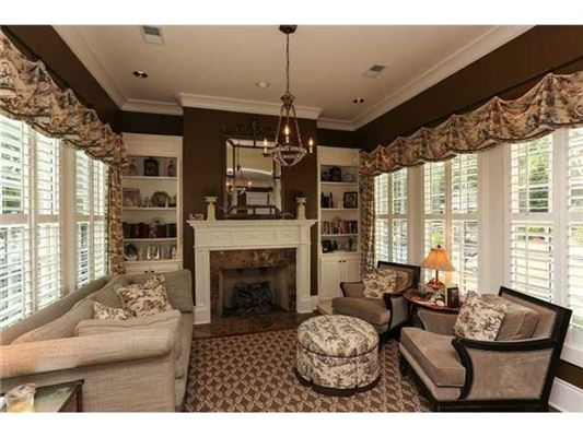Luxury homes in very warm and welcoming home