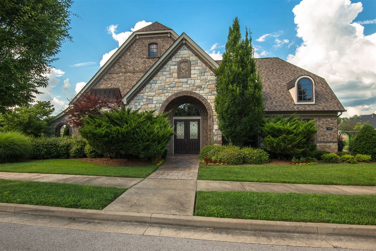 Luxury homes in Well appointed home