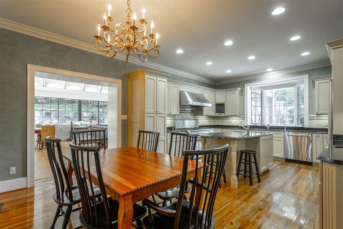 Mansions stately landmark home
