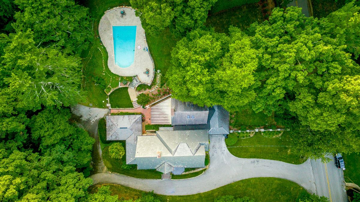 stately landmark home luxury properties