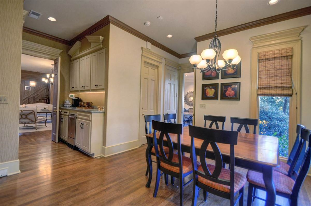 A lovely home in move-in condition luxury real estate
