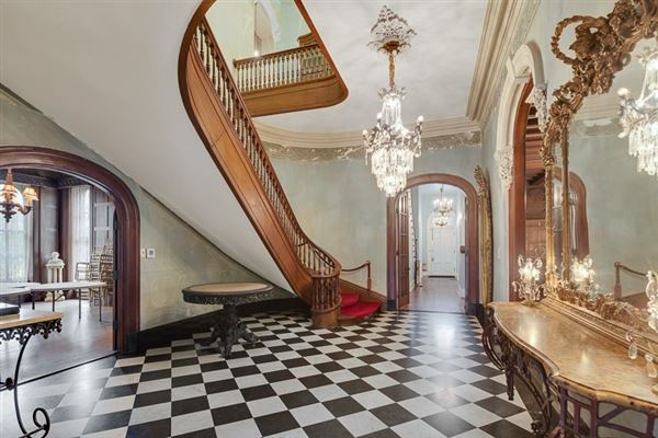 Magnificently restored Annesdale Mansion luxury homes