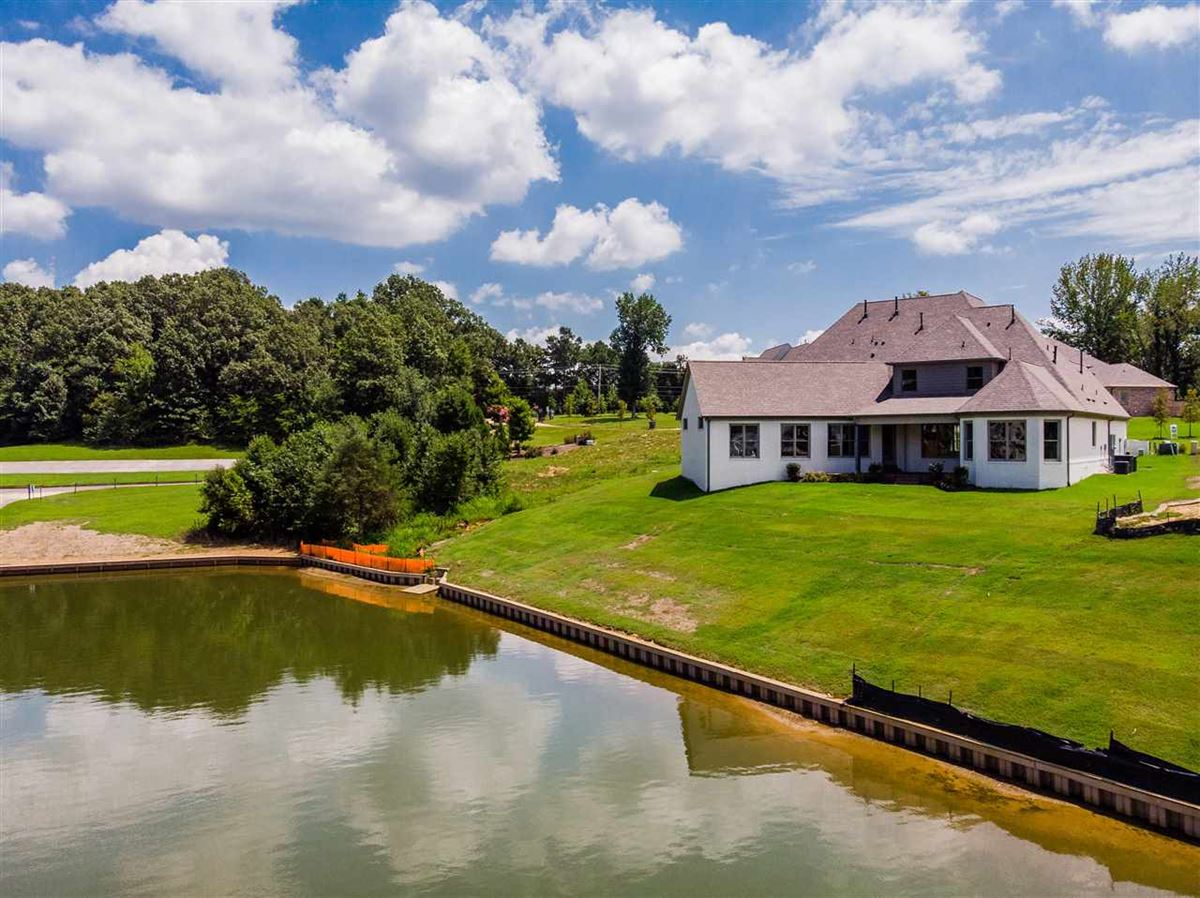 Brand new construction on Garner Lake luxury homes