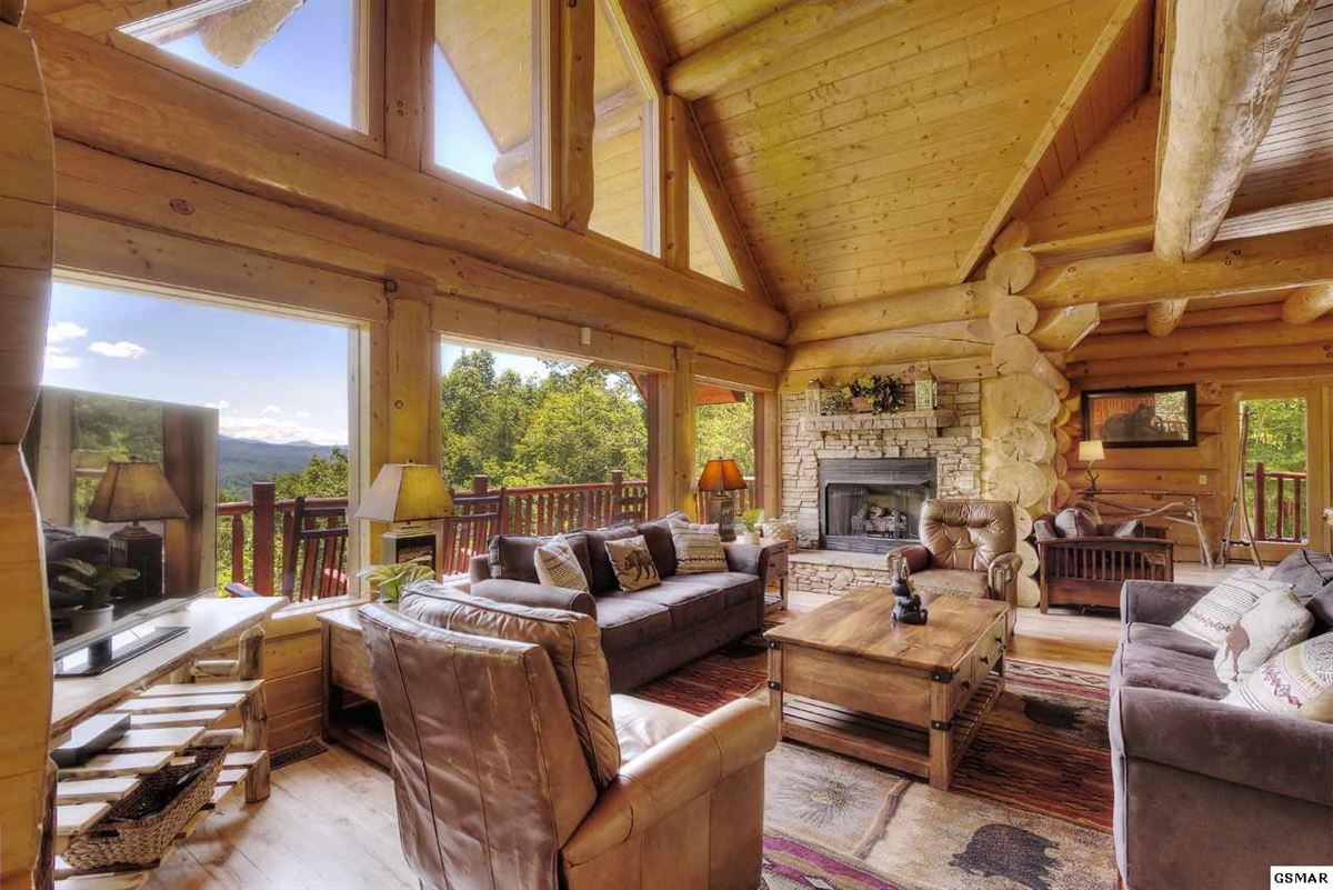 Gorgeous mountain views in gatlinburg luxury real estate