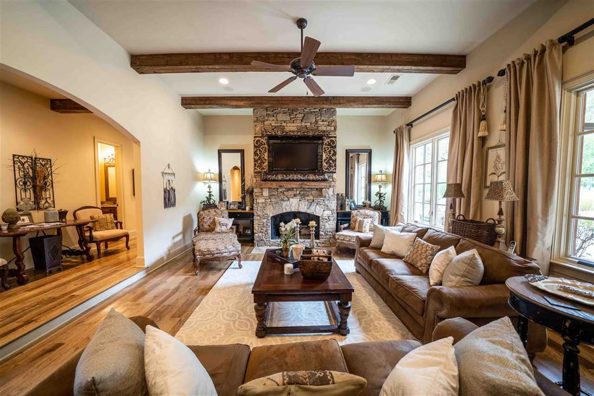sprawling luxury home on over eight acres luxury homes