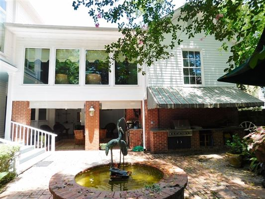 Mansions Lantana Hill historic property