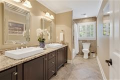 Luxury homes spacious six bedroom germantown luxury home