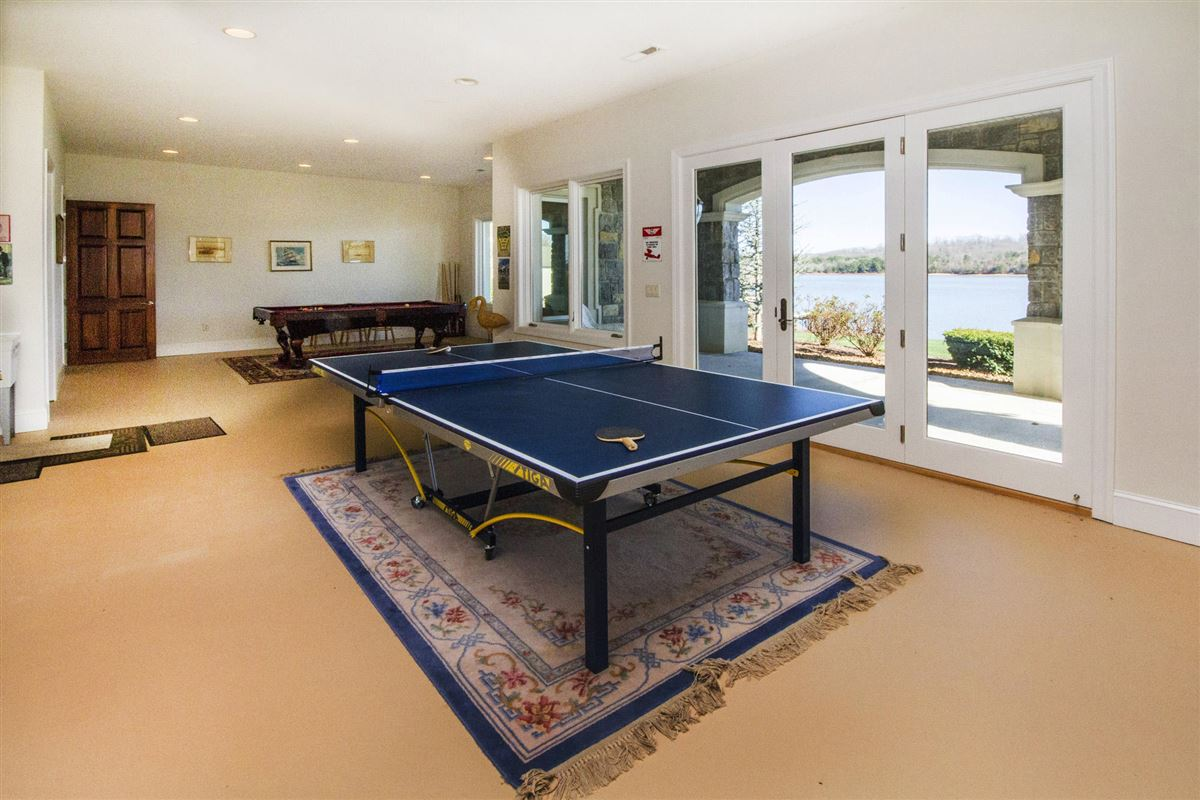 Panoramic lake and mountain views luxury homes