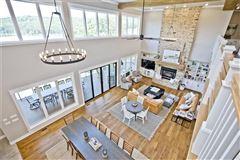 Absolutely breathtaking lakeside estate luxury homes