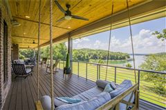Absolutely breathtaking lakeside estate luxury properties