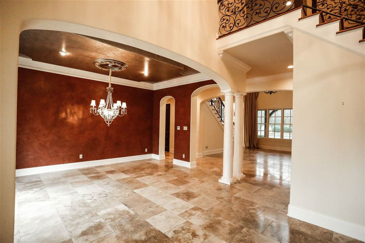 beautiful estate full of elegance and comfort luxury real estate