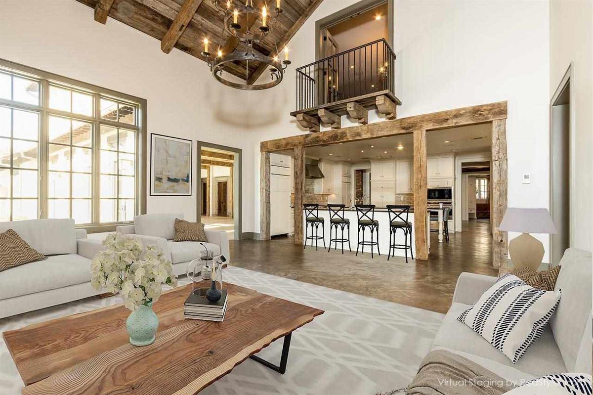 Traditional Quiet Estate mansions