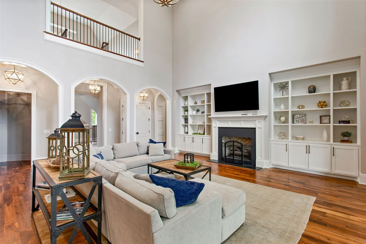 Luxury properties Luxury living in Witherspoon