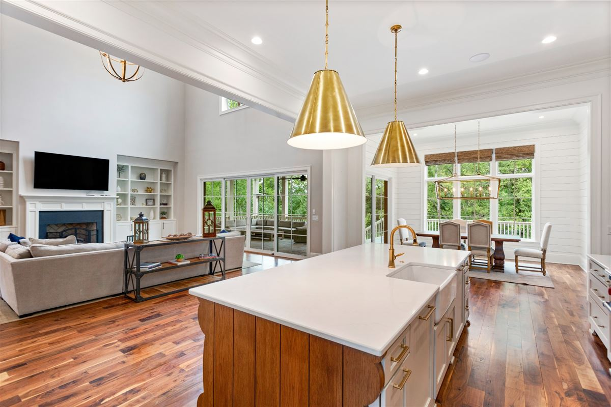 Luxury living in Witherspoon mansions