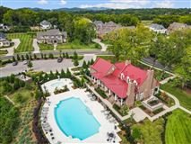 Mansions in Luxury living in Witherspoon