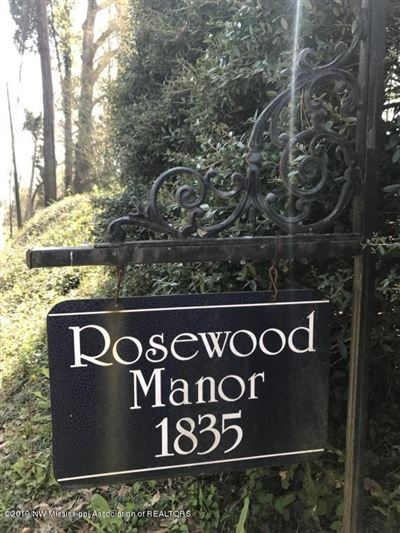 Rosewood Manor and Gardens luxury homes