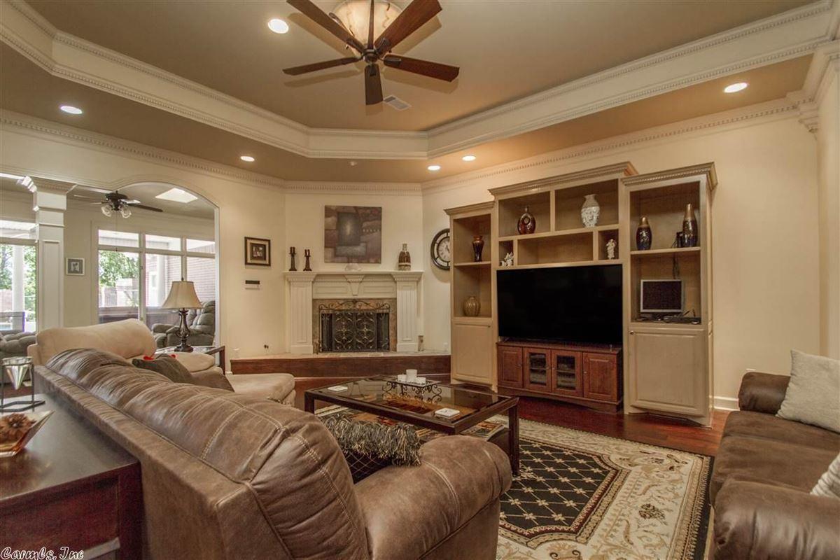 Luxury properties Executive Estate awaits you