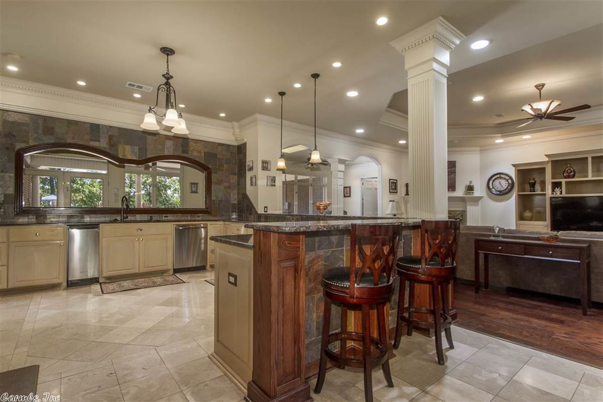 Mansions in Executive Estate awaits you