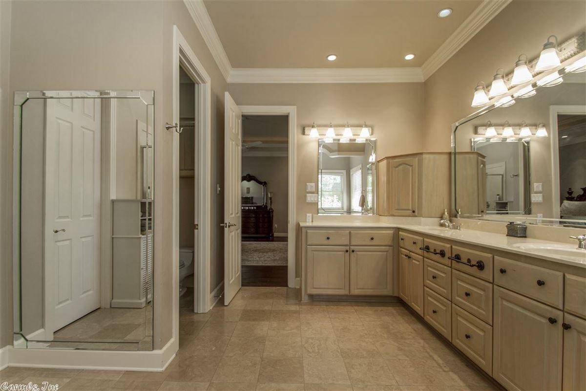 Luxury homes Executive Estate awaits you