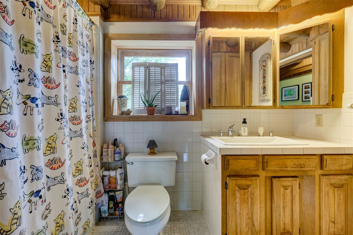 Luxury homes in Eagle Ridge Ranch