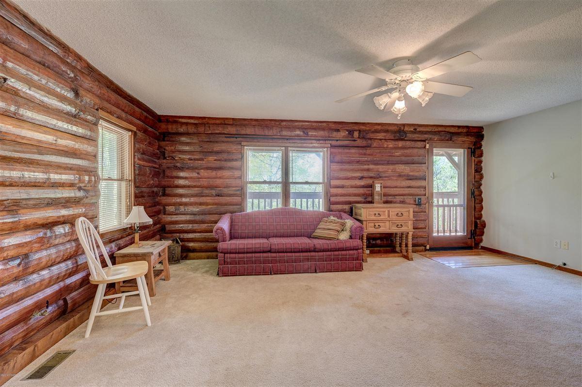 Eagle Ridge Ranch  luxury homes
