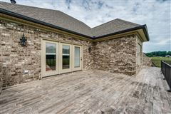 Country home in Cookeville city limits luxury real estate