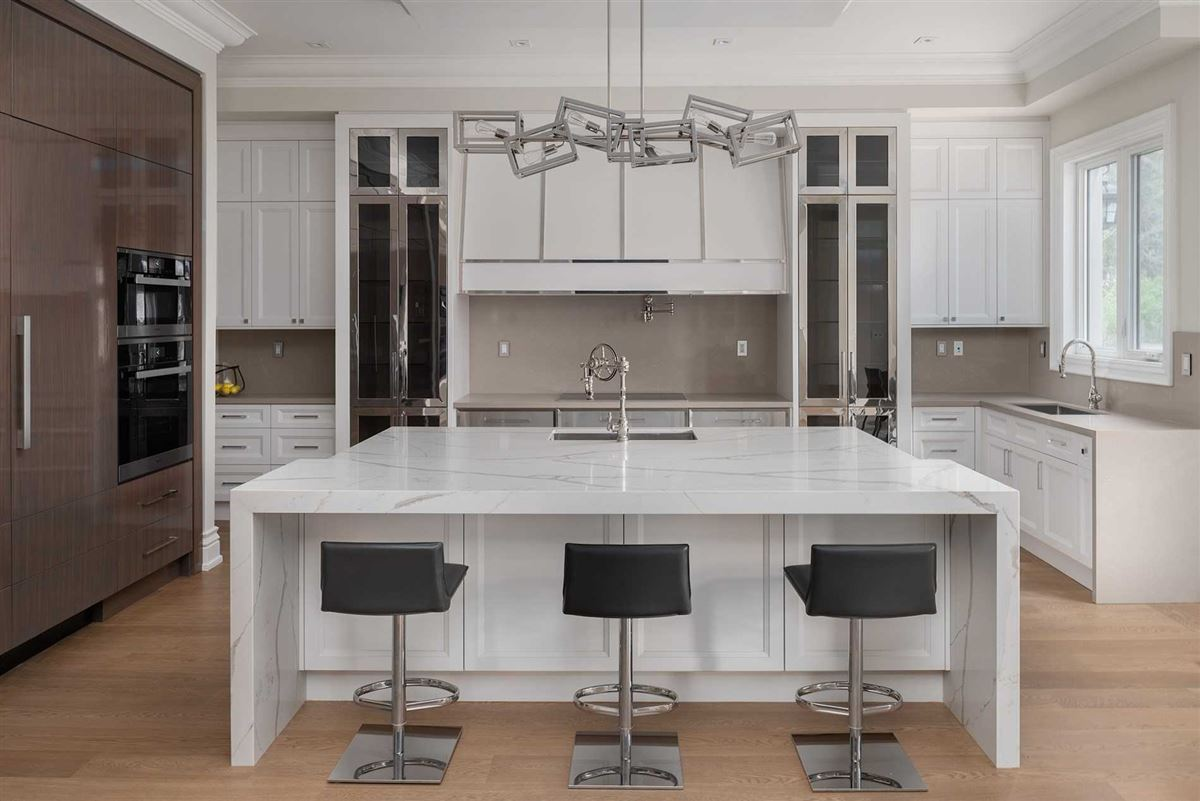 Luxury homes elegant custom built home with impeccable finishes