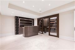 Mansions in elegant custom built home with impeccable finishes