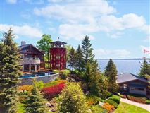 Luxury real estate spectacular home on Kempenfelt Bay