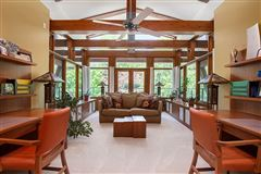 Luxury homes in spectacular home on Kempenfelt Bay