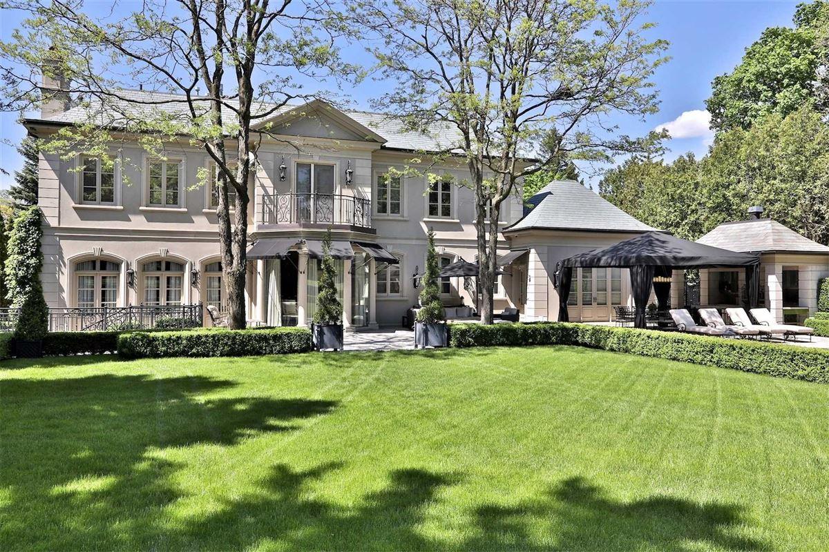 Awe-inspiring estate on desired road mansions