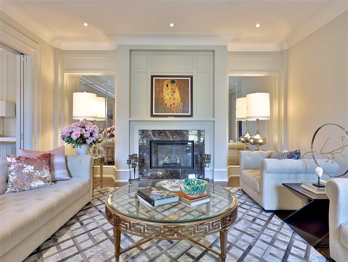 Luxury real estate Exquisite Estate, Magnificently Appointed