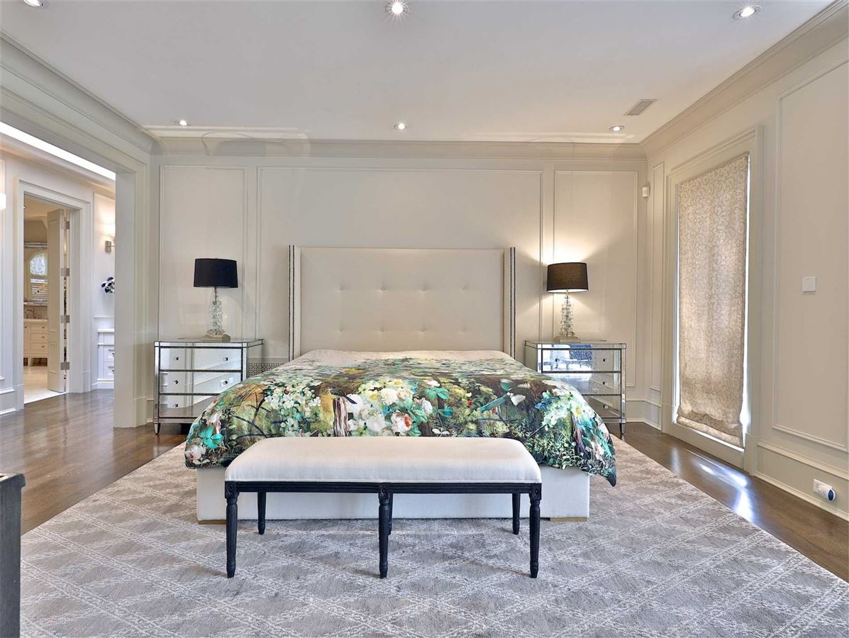 Luxury properties Exquisite Estate, Magnificently Appointed