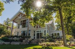 Professionally Designed & Built in Canada luxury homes