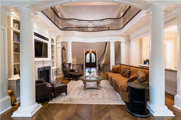 spectacular luxury residence in desirable location luxury homes