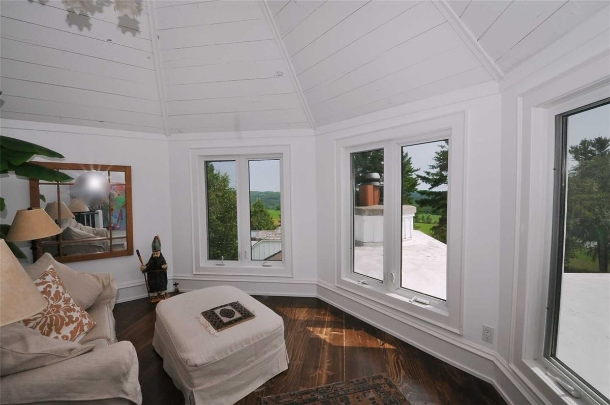 5 pines luxury homes