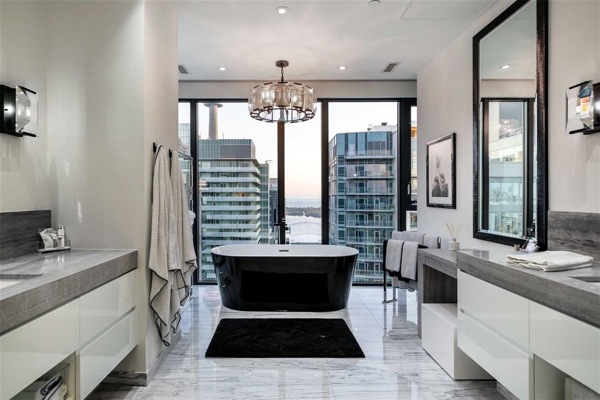 penthouse in the heart of it all luxury properties