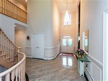 Luxury properties Magnificent mansion located in Bayview Hill